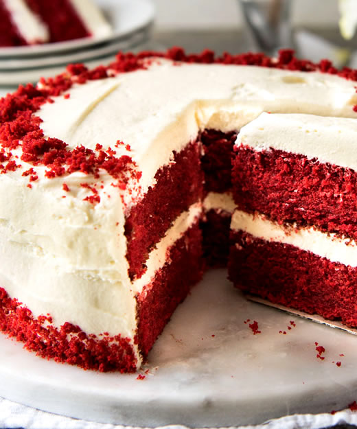Red-Velvet-Cake-with-Cream-Cheese-Frosting_landscape-ythera.jpg