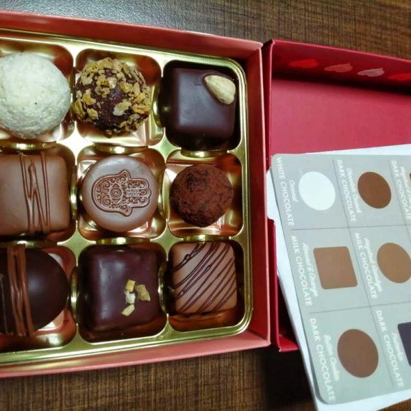 Valentines truffles (9pc)