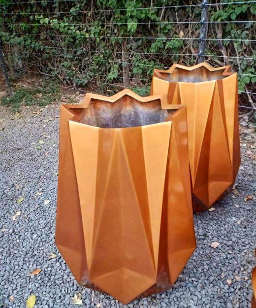 Twister Fiberglass Planter